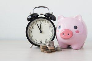 時間を生む外注化とお金を生む外注化